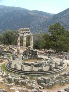 22. Tholos de Atenea en Delfos