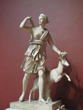 8. Artemisa cazadora